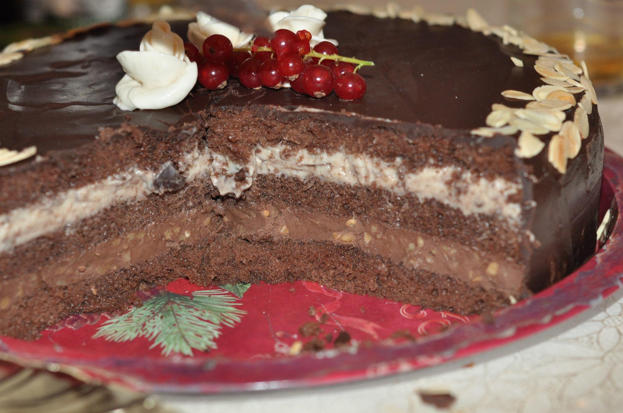 Tort cu crema de cacao si vanilie